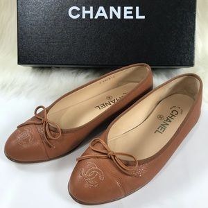 Chanel Authentic tan leather ballet flats. Size 36